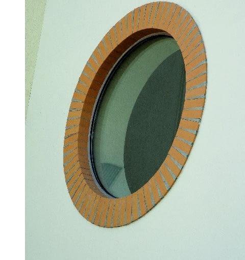 Do wykończeń wokół okien stosuje się profilowane kształtki