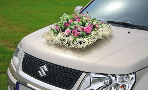 """Samochód do ślubu - dekoracja """"w koronkach"""""""