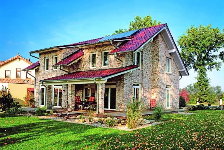 Klinkier do domów w tradycyjnym stylu Geestbrand/RÖBEN cegła licowa ręcznie formowana wymiary: 240 x 115 x 71 mm kolor: biała cieniowana Cena*: ok. 177 zł/m2
