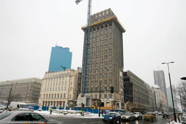 25.01.2011 WARSZAWA , BUDYNEK PRUDENTIALU ( HOTEL ' WARSZAWA ' ) PRZY PL. POWSTANCOW WARSZAWY . FOT. JACEK LAGOWSKI / AGENCJA GAZETA