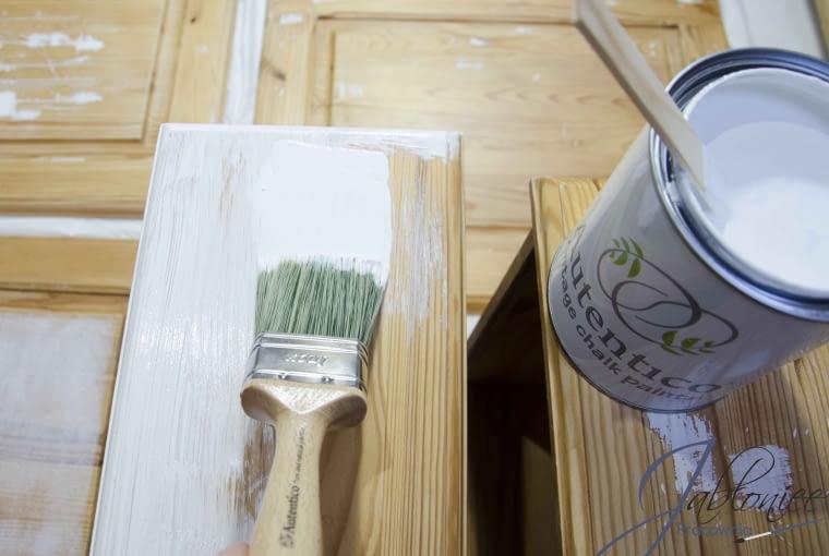 Malowanie komody