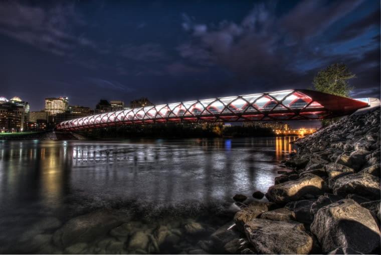 Most pokoju w Calgary - Santiago Calatrava (2010-12)