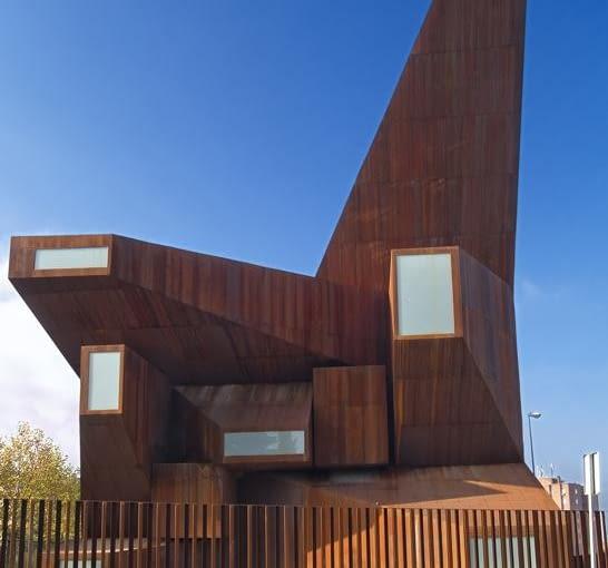 Centrum parafii Santa Monica w Rivas-Vaciamadrid, Madryt, Projekt: Vicens + Ramos, Arquitectos