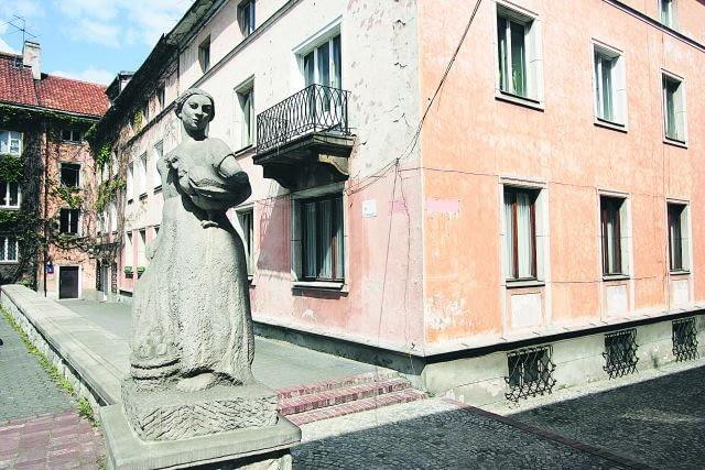 11.05.2006 WARSZAWA - POWISLE - MARIENSZTAT FOT. BARTOSZ BOBKOWSKI / AGENCJA GAZETA