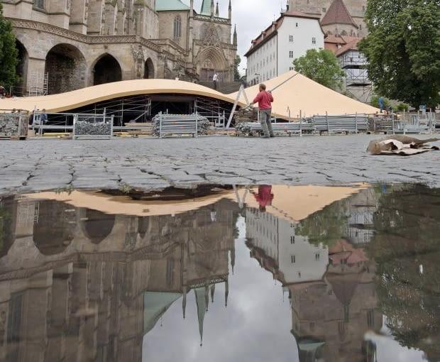 Spektakl odbędzie się podczas Domstufen Festival, którego otwarcie przewidziano 26 lipca. W ubiegłym roku konstrukcja uświetniła podobną imprezę na szwajcarskim St. Gallen Festival.
