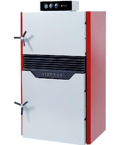 Kocioł z ręcznym załadunkiem paliwa - Hefaistos Viadrus; moc 15-30 kW; wymiennik ciepła z żeliwa. Wymiary (wys./szer./gł.): 1541/833/1060 mm. Cena brutto: 5043 zł.
