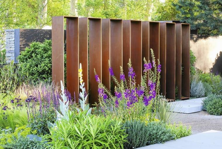 wyd_bozena SLOWA KLUCZOWE: anglia THE DAILY TELEGRAPH GARDEN garden ogrod pergola