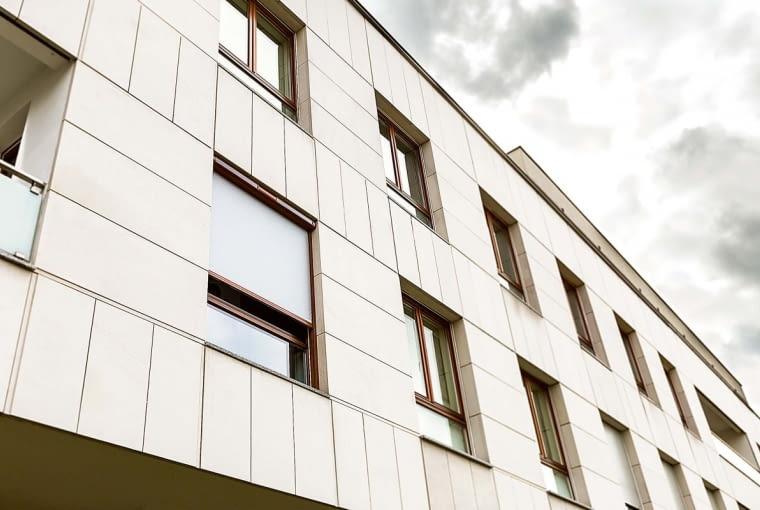 MARKIZA VMZ Solar, do okien pionowych, sterowana zdalnie, stal i tkanina z włókien szklanych powlekanych PVC?od 2939?zł?Fakro