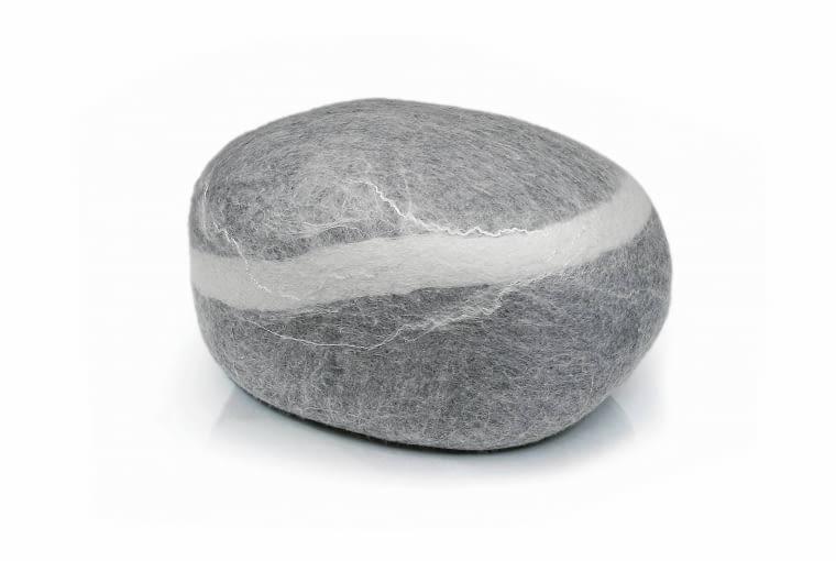 Puf Stone, od 55 x 45 cm, wys. 30 cm, wełna merino, Mesmetric, 1600 zł