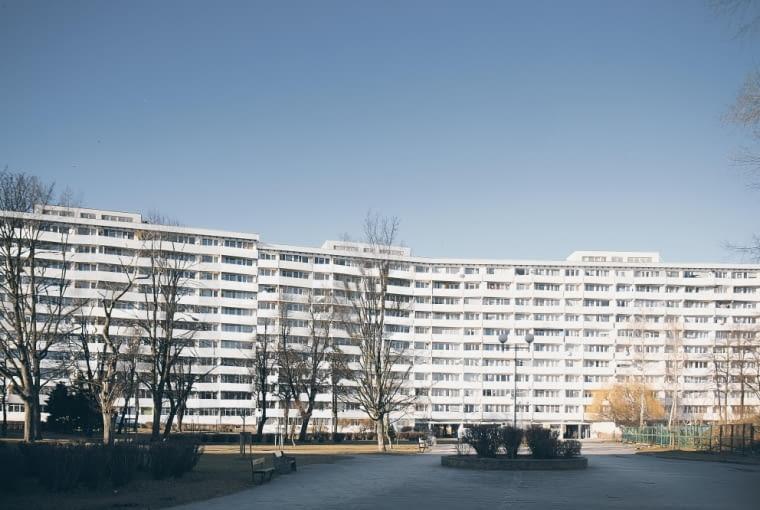 Falowiec Przy ul Jagiellońskiej - widok od strony centrum handlowego Przymorze