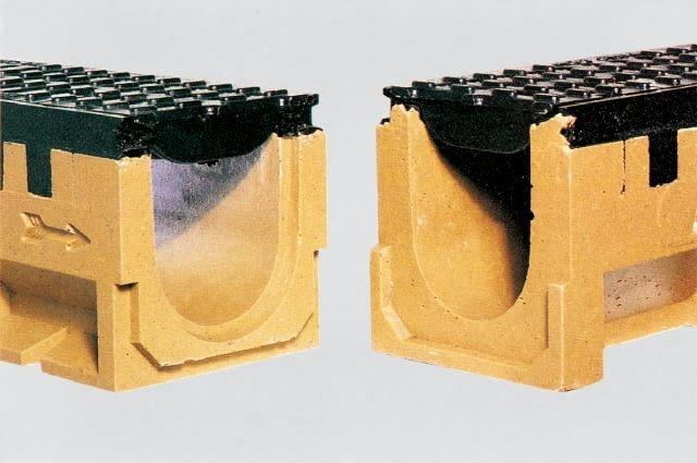 Kanał GALA (ACO) z rusztem metalowym; wymiary: 13 cm (szerokość), 15 cm (wysokość), 1 m (długość); 164,7 zł