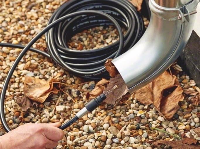 WYCIOR do czyszczenia rynien - można go używać z myjką, ok. 120 zł, Bosch.