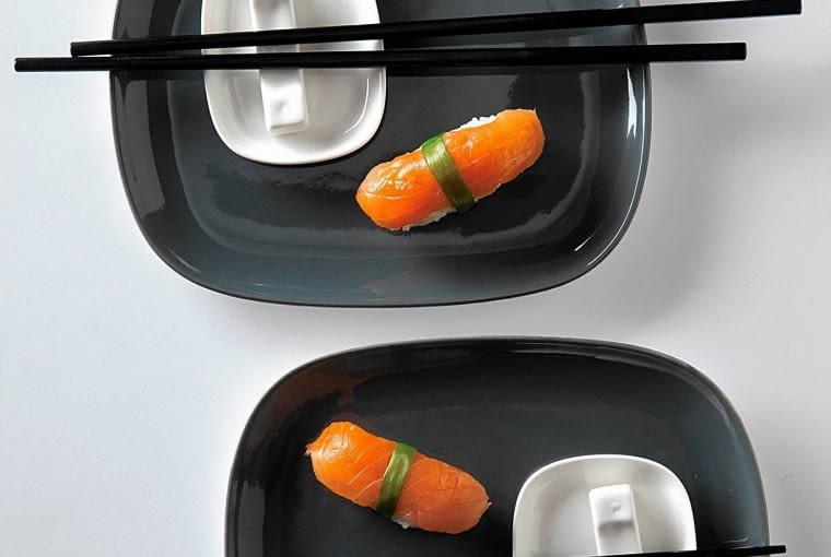 Do tych wnętrz pasuje: zestaw do sushi dla dwóch osób, ceramika, cena: 120 zł, Duka