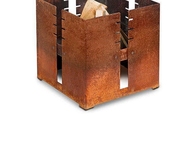 Przenośne palenisko ze stali, z grillem, ok. 1500 zł, Keilbach.