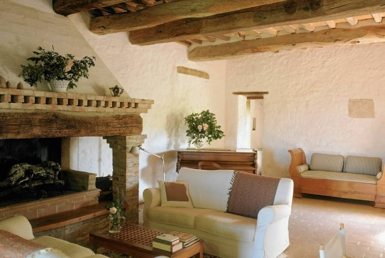 """Italy, Tuscany, Pienza, feature: """" A rustic tuscan house """""""