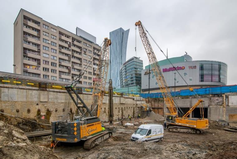 Budowa wieżowca Varso w Warszawie, projekt: Foster + Partners