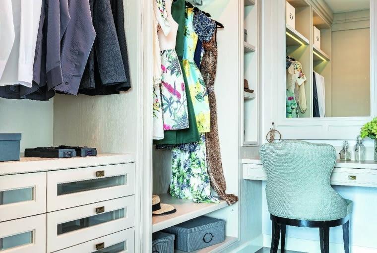 Garderoba to nie tylko miejsce przechowywania ubrań. Trzeba też mieć możliwość ich wyboru i przymierzenia