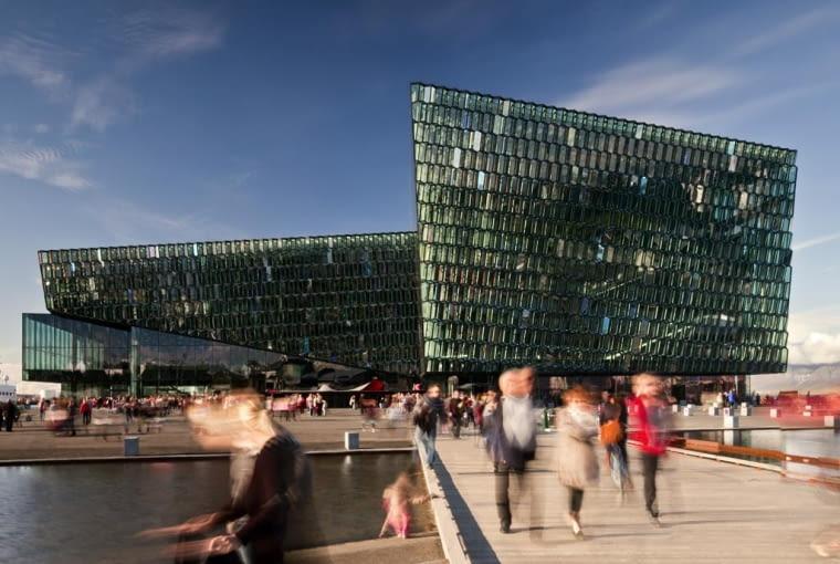 Harpa, Sala Koncertowa i Centrum Konferencyjne, Reykjavik, Islandia, proj. Henning Larsen Architects, Batter~id Architects, Olafur Eliasson