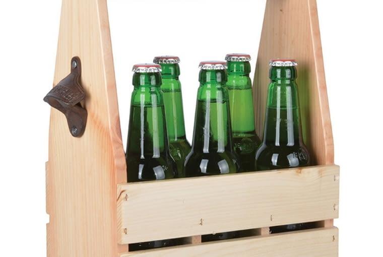 Skrzynka drewniana z otwieraczem na butelki Esschert Design Farma, 79 zł