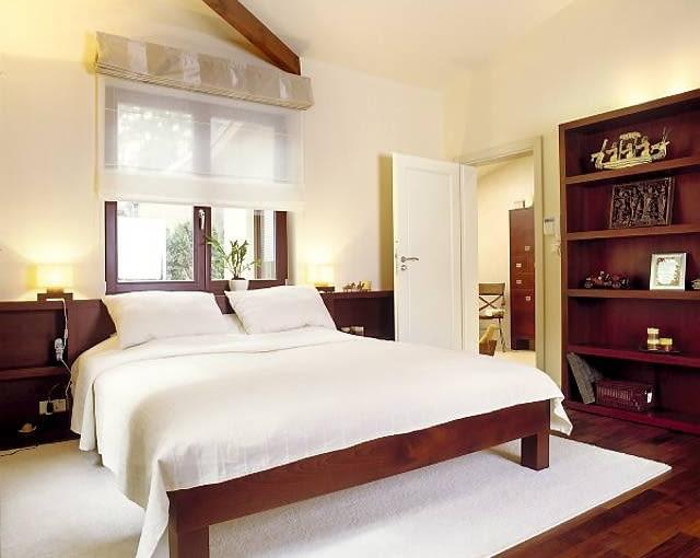 Widok na główną sypialnię