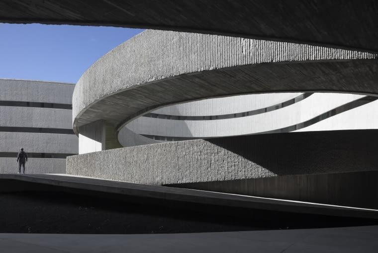 Wydział Sztuk Pięknych, Uniwestytet w La Laguna, Teneryfa, Hiszpania, proj. gpy arquitectos, nominacja w kategorii budynńki zrealizowane, szkolnictwo wyższe i nauka.