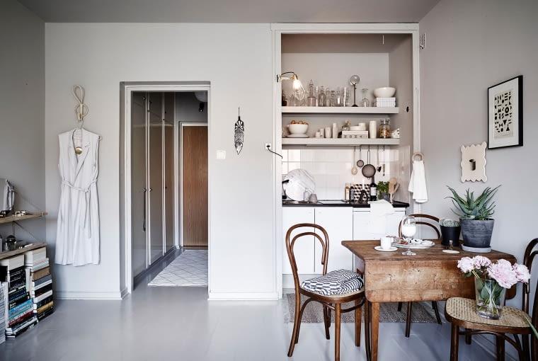 małe mieszkanie, szarości w mieszkaniu, mieszkanie w odcieniach szarości