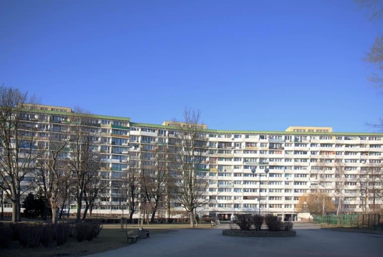 Falowiec Przy ul Jagiellońskiej - widok od strony centrum handlowego Przymorze (obecnie)