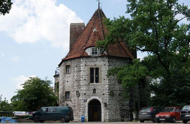 Przegorzały - Baszta, czyli willa architekta A. Szyszko-Bohusza