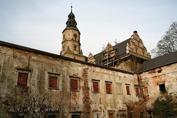 Gorzanów - monumentalny renesansowy zamek von Herbersteinów z XVI-XVII w.