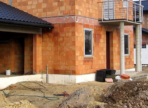ściany jednowarstwowe, materiały budowlane