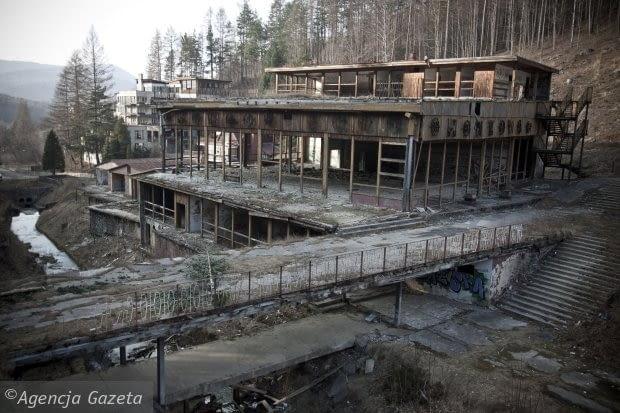 Kozubnik, opuszczony ośrodek wypoczynkowy