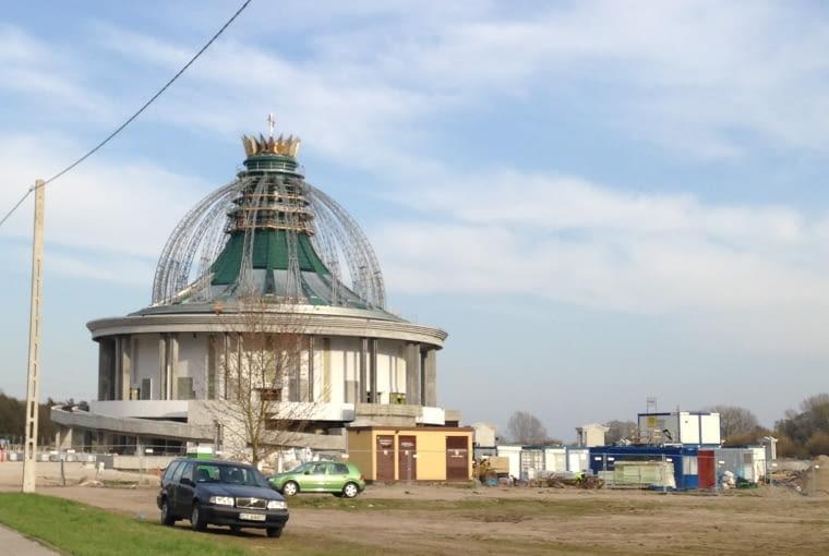 Świątynia wznoszona w Toruniu przez o. Tadeusza Rydzyka