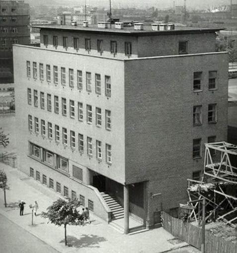 Budynek YMCA, ul. Żeromskiego 26