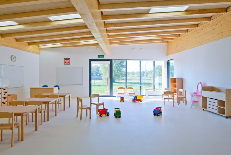 Przedszkole integracyjne w Górze Kalwarii, projekt: RYSY Architekci