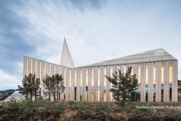 ]Side profile of Knarvik Church / Knarvik Kirke, Norway designed by Reiulf Ramstad Arkitekter.8BIM8BIMwww.hundven-clements.com8BIM(( Adobed
