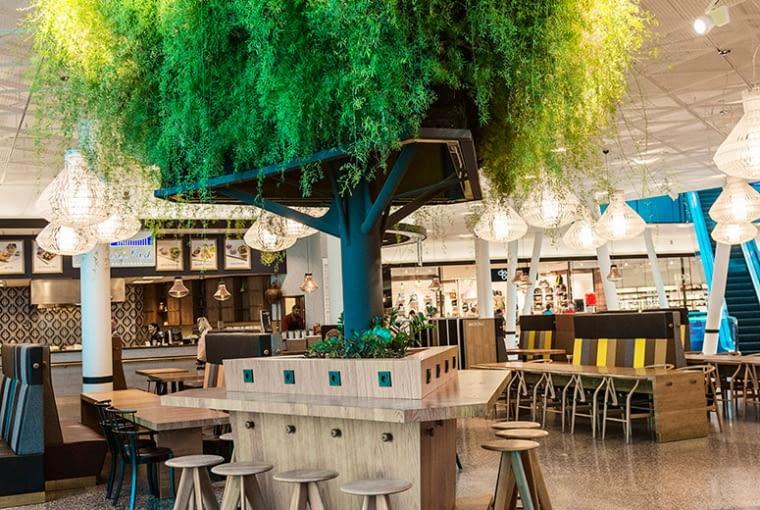 Zielona ściana - drzewo w Emporia, Malmö, Szwecja