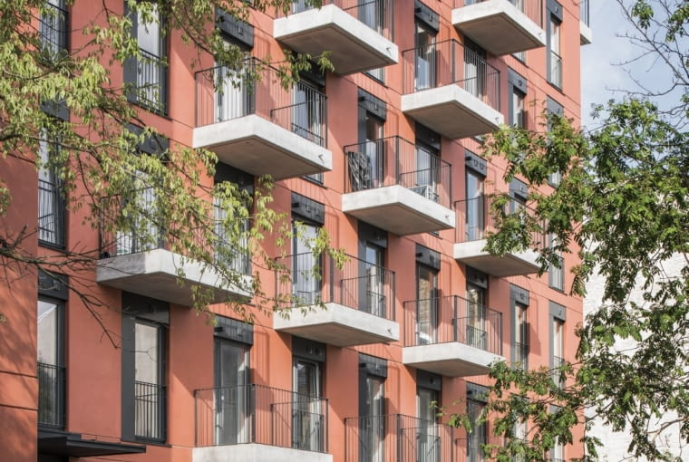 Sprzeczna 4 - budynek mieszkalny w Warszawie wykonany z prefabrykatów, projekt: BBGK Architekci
