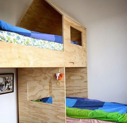 Łóżko dla dziecka domek
