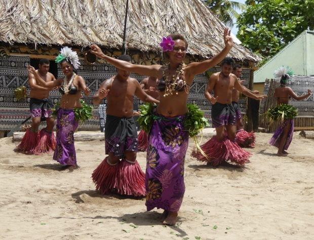 Ceremonii picia kavy często towarzyszą rytualne tańce.