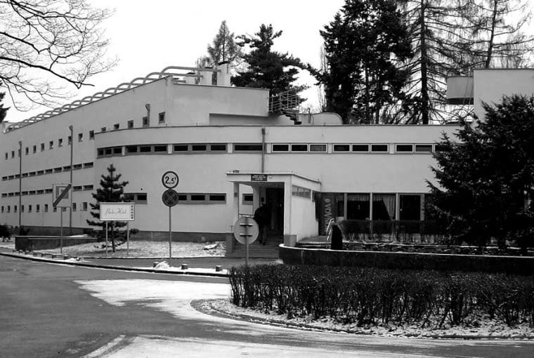 Dom dla osób samotnych i młodych małżeństw, proj. H. Scharoun,modernistyczne osiedle Wohnung und Werkraum Ausstellung 1929 Wrocław