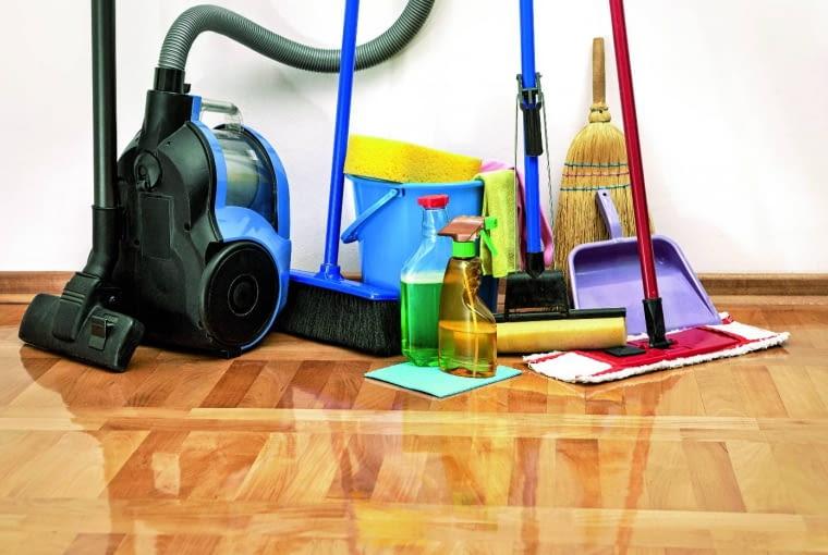 Sprzętu do sprzątania przybywa z upływem czasu. Warto więc wygospodarować miejsce na takie urządzenia z lekkim zapasem