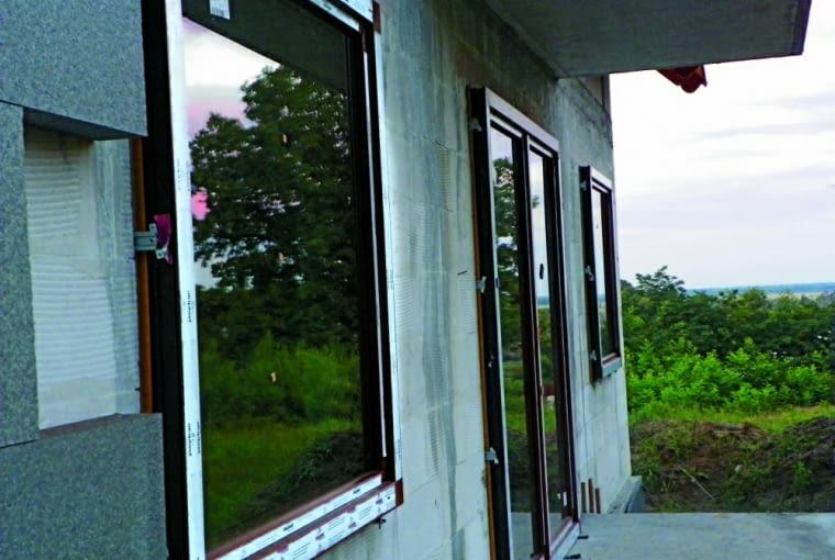rolety zewnętrzne, okna