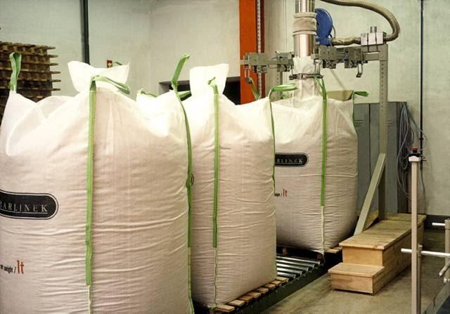 W Polsce pelety są najczęściej sprzedawane w 15- i 25-kilogramowych workach bądź jedno tonowych big-bagach