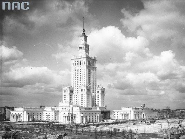 Pałac Kultury i Nauki w 1955 roku