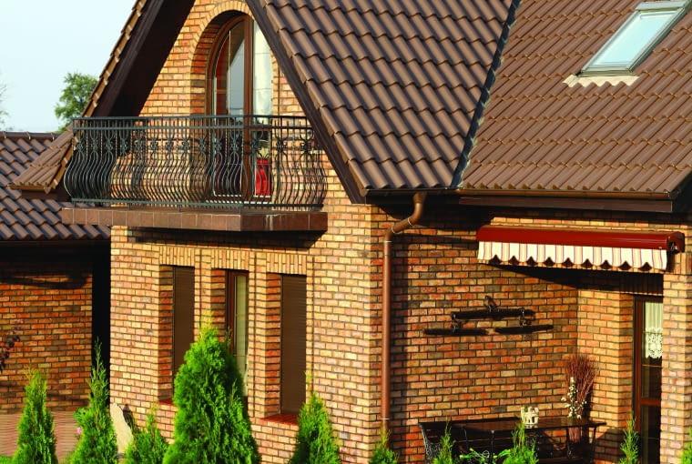 Klinkier do domów w tradycyjnym stylu . Gandawa TERCA /WIENERBERGER cegła ręcznie formowana wymiary: 215 x 102 x 65 mm kolor: brązowo-oliwkowy Cena: ok. 199 zł/m2