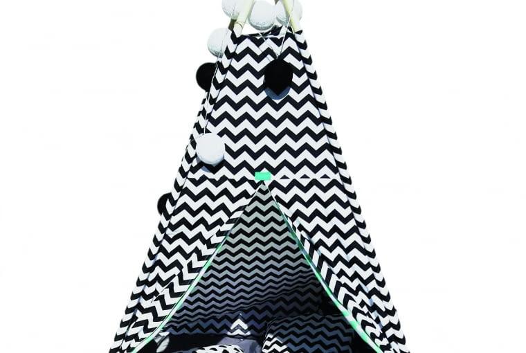 Namiot Tipi Black & White ilampki Cotton Ball Lights 499 zł/zestaw Minti Store/dawanda.pl