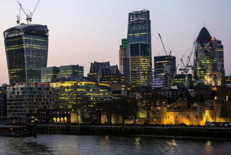 d11.03.2014 Londyn , Anglia . Dzielnica City . Panorama .Fot. Mateusz Skwarczek / Agencja Gazeta