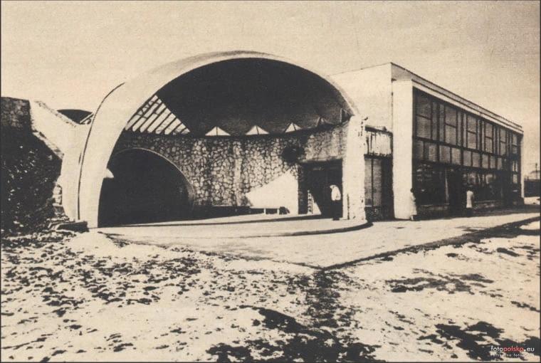 1969, Linia średnicowa - przystanek PKP Warszawa Stadion, zdjęcie pochodzi z tygodnika Stolica nr 1(1100) 05.01.1969