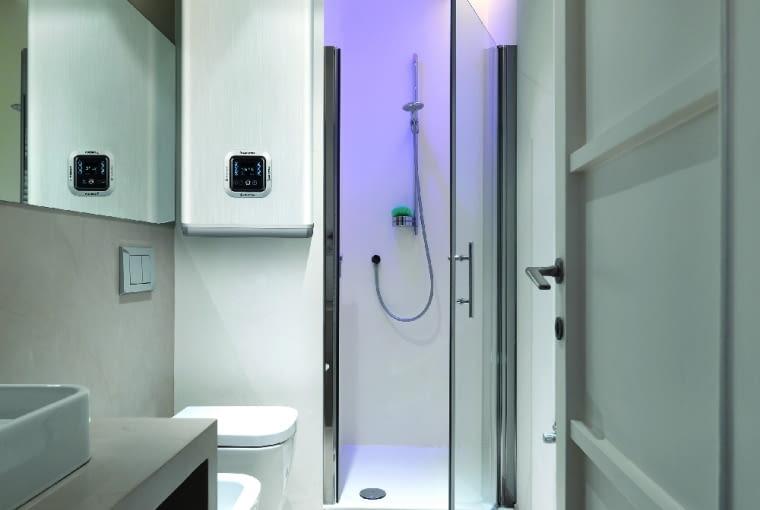 łazienka, podgrzewacz, bojler