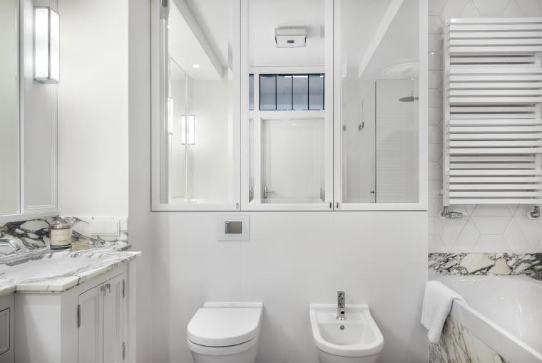 Mieszkanie w Sopocie pełne szykownej prostoty